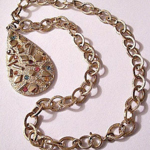 """Sarah Coventry Teardrop Pendant 18"""" Necklace Gold"""